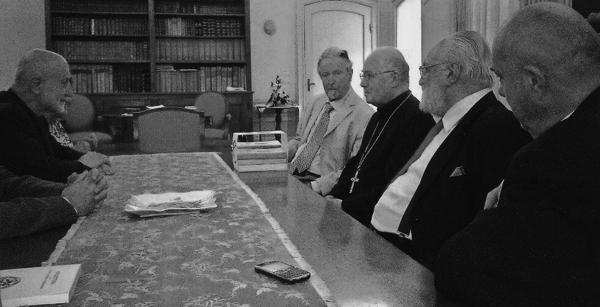 Vittorio Mathieu e Aldo Rizza in udienza dal Vescovo di Pinerolo Mons. Debernardi, giugno 2014